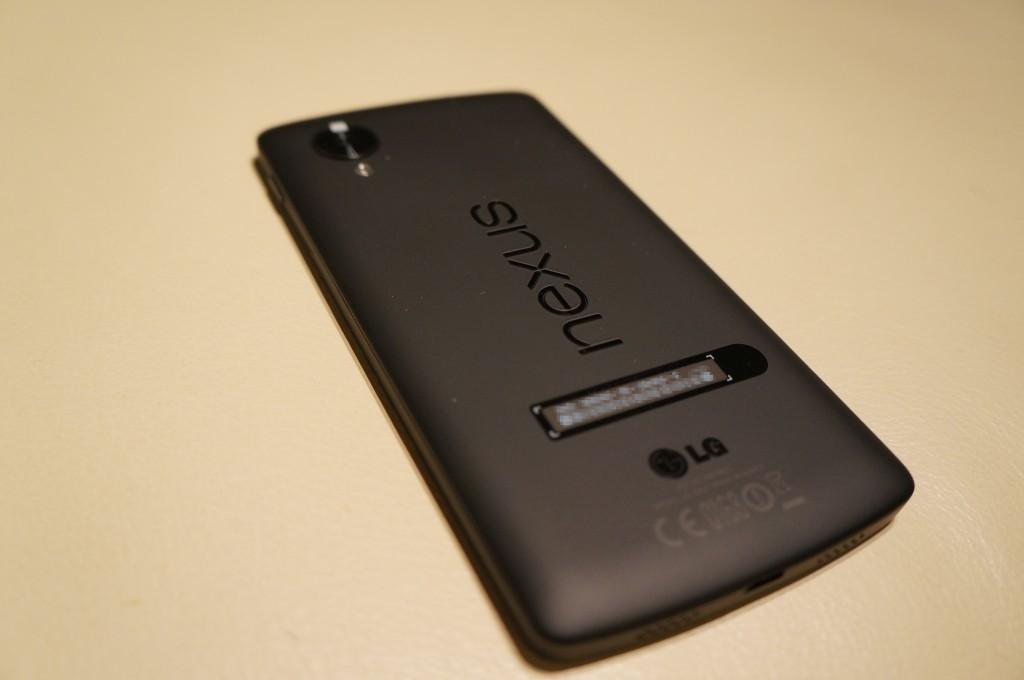 Nexus5-本体裏
