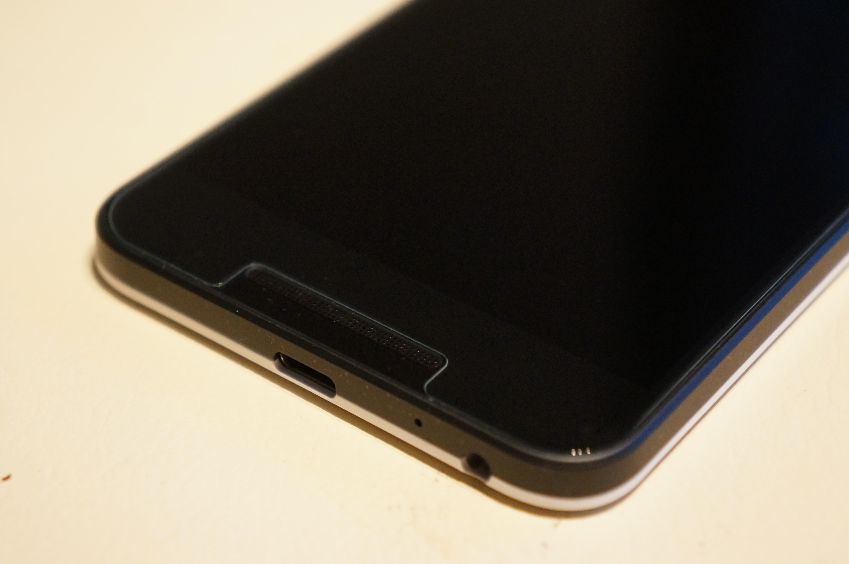 【Spigen】 Nexus 5X ガラスフィルム GLAS.tR SLIM  液晶保護 9H硬度 Rラウンド 加工  ネクサス 5x 用